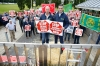 Irish farmers protest against processors and Mercosur deal